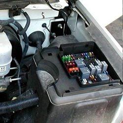 Silverado Engine Fuse Box Location