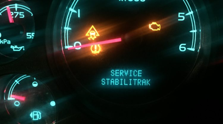 Service Stabilitrak & Traction Control